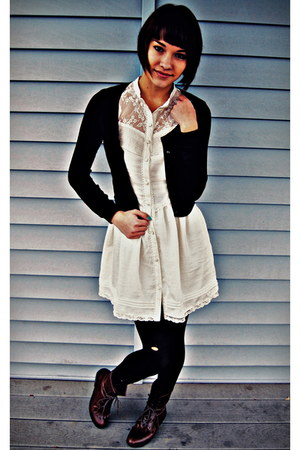 dark brown lace up Urban Outfitters boots - white lace H&M dress - black lined u
