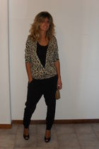 Zara cardigan - black pants - beige vintage - black Principles shoes