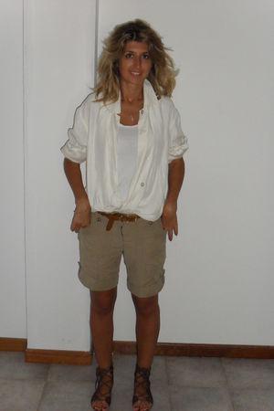 white vintge shirt