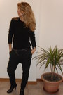 Black-diy-shoulders-united-colors-of-benetton-sweater-black-nine-west-heels-