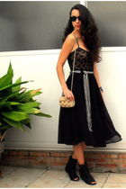 black Zara top - black Zara skirt - black Zara shoes - beige Porfois bag - silve