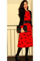 red vintage dress - black Mango cardigan - black vintage bag - black H&M shoes