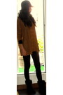 Burnt-orange-mango-sweater-dark-green-blanco-coat-black-ugg-shoes-black-h-