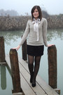 Beige-benetton-sweater-black-geox-shoes-beige-diy-bow-accessories