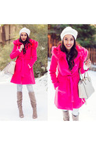 bubble gum asos coat - tan Charlotte Russe boots - white Express jeans