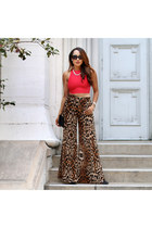 top - sunglasses - necklace - pants - pumps