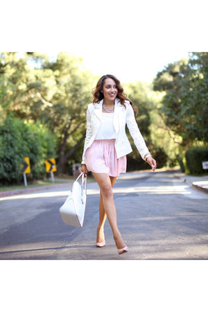 white bcbg max azria blazer - light pink carlo pazolini shoes