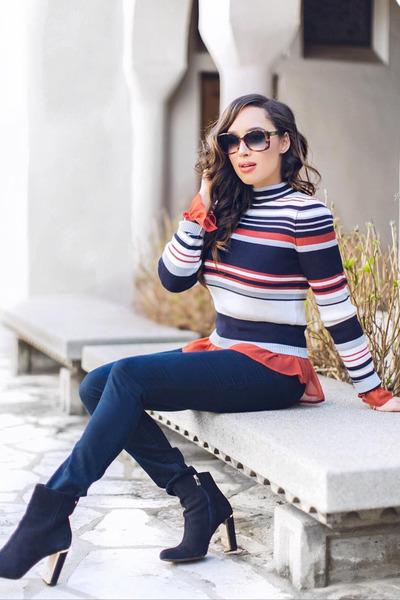 navy Forever 21 sweater