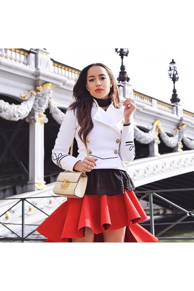 red Jacquemus skirt