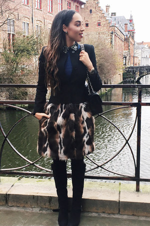 black Donald J Pliner boots - black leopard print Tina Turk coat