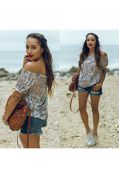 brown Patricia Nash bag - white Converse shoes - blue dittos shorts