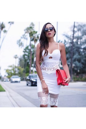 white lace Bebe top