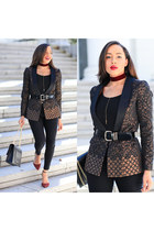black printed Bebe blazer - brick red Charles David shoes