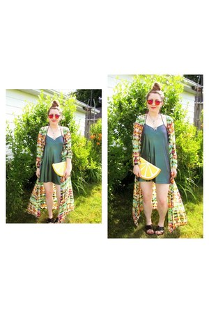 H&M sunglasses - forest green iridescent slip Motel Rocks dress