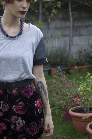 velvet River Island skirt - Yes Im French t-shirt - little beads H&M necklace