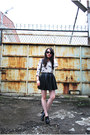 Black-leather-staccato-boots-ivory-the-editors-market-shirt