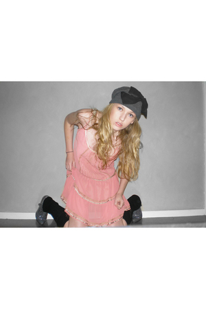 Sportsgirl hat - legwarmers leggings - dress - rubi shoes