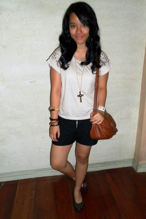 brown Mango bag - black lace Bayo shorts - nude Just G blouse - gold Forever 21