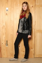 black Toms shoes - black banana republic jeans - black faux leather Urban Outfit