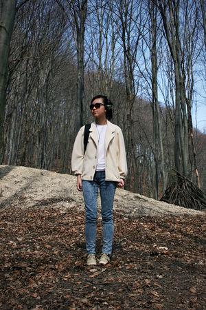 beige aa coat - gray H&M jeans