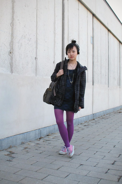 purple H&M tights - green Stefanel coat - blue H&M dress
