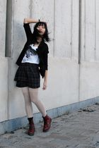 red doc martens shoes - white Marithe Francois Girbaud tights - brown Zara skirt
