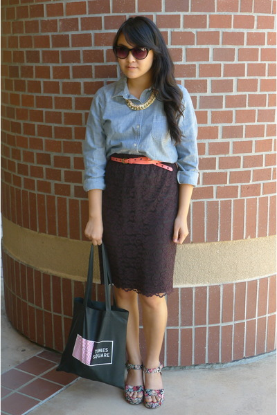 chambray Old Navy blouse - black Times Square bag