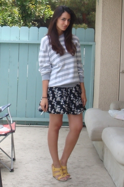 Uniqlo sweater - Target skirt - Nine West shoes