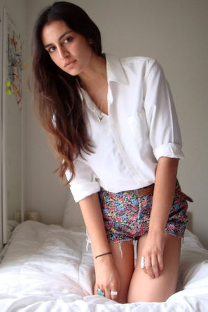 white Secondhand shirt - pink thrifted shorts - brown vintage belt