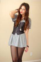 gray Target t-shirt - black Silence&Noise bra