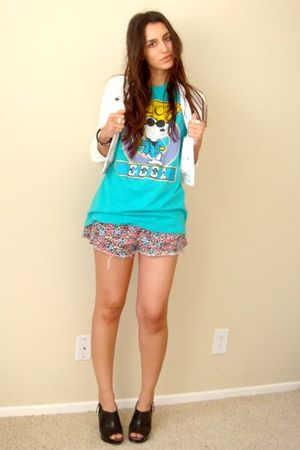 blue thrifted snoopy t-shirt - black Target shoes - white Forever21 jacket