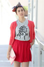 Heather-gray-uniqlo-t-shirt-bubble-gum-h-m-bag-red-cooperation-skirt