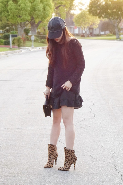 black brandy melville dress - brown Balmain boots - black BCBGeneration hat