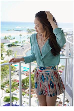 aquamarine Nasty Gal blouse - bubble gum geometric print Forever 21 shorts