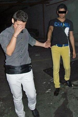 jeans - shoes - t-shirt - belt
