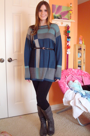 blue dress - black leggings - gray Steve Madden boots - H&amp;M belt