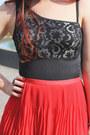 Black-vedette-bodysuit-red-pleated-valleygirl-skirt
