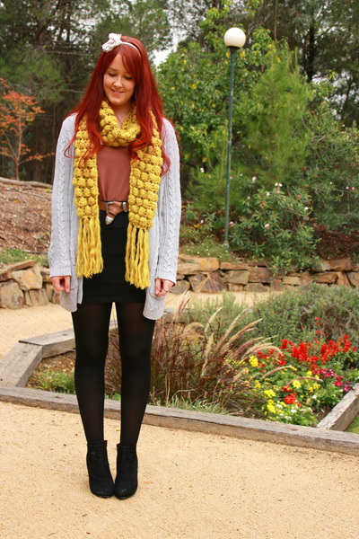 mustard scarf - black skirt - coral top - black wedges - heather gray cardigan
