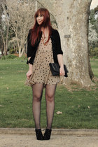 beige Sportsgirl dress - black jacket