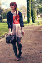 dark brown vintage bag - nude pleated mini alice in the eve skirt - navy myer -