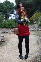 mustard Sportsgirl scarf - tawny vintage bag - red paper bag waist skirt - gray