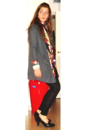 Mango jacket - H&M scarf - H&M tights - Geox shoes
