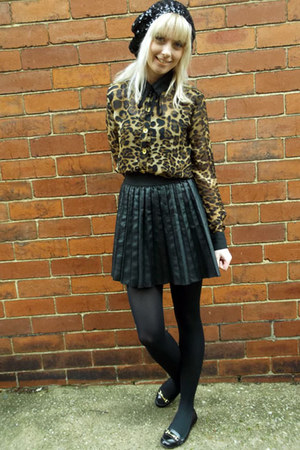 black Primark skirt - black sequin beret H&amp;M hat - dark brown Missguided blouse