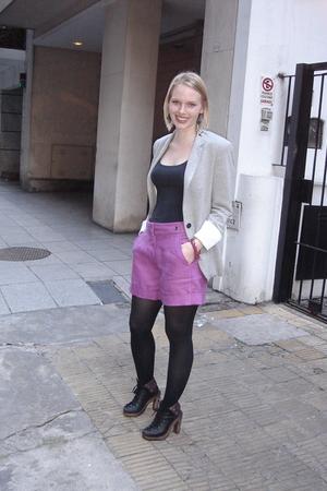 Zara blazer - de la ostia shorts - paula cahen danvers shoes