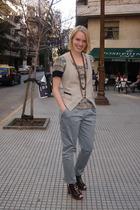 Koisuko vest - Vena Cava top - Vero Alfie pants - Paula Cahen DAnvers shoes