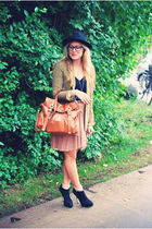 beige H&M skirt - green Zara jacket - brown Mulberry bag