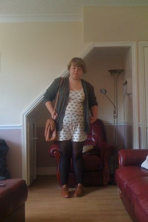 white River Island top - green vintage from Ebay cardigan - black Topshop tights