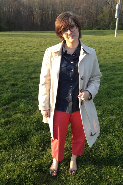 tan proopticals glasses - ivory Jones New York coat - navy talbots shirt