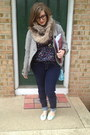 Navy-abercrombie-and-fitch-jeans-tan-target-scarf