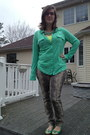 Charcoal-gray-jeans-hot-pink-rivet-sway-glasses-lime-green-target-t-shirt